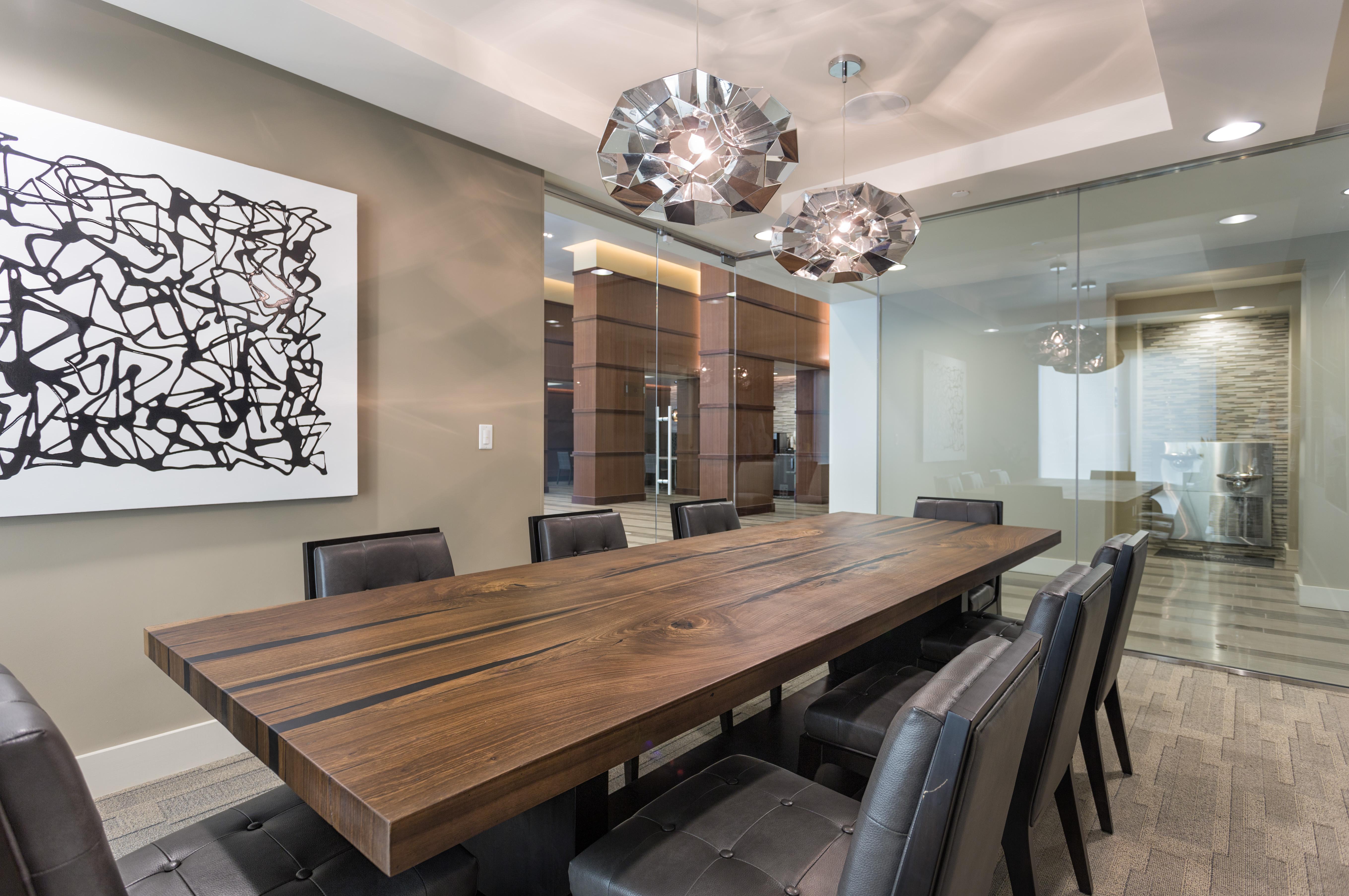 20-camden-rainey-street-apartments-in-austin-tx-executive-conference-room.jpg
