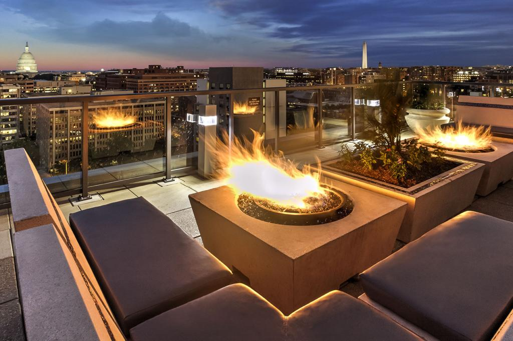29-camden-noma-apartments-washington-dc-rooftop-fireside-lounge.jpg