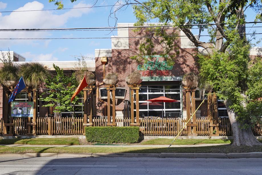 Jake's Burgers off Knox/Henderson