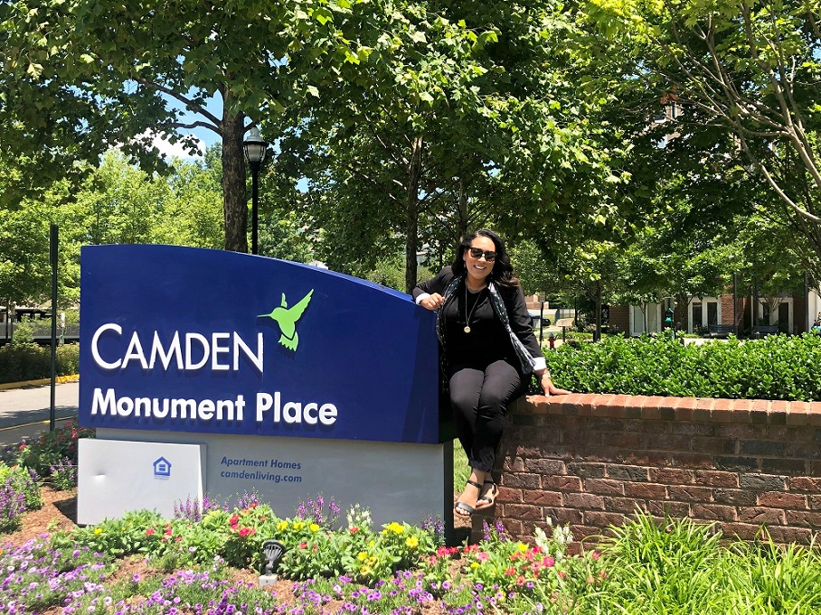 Camden Monument Place Sign