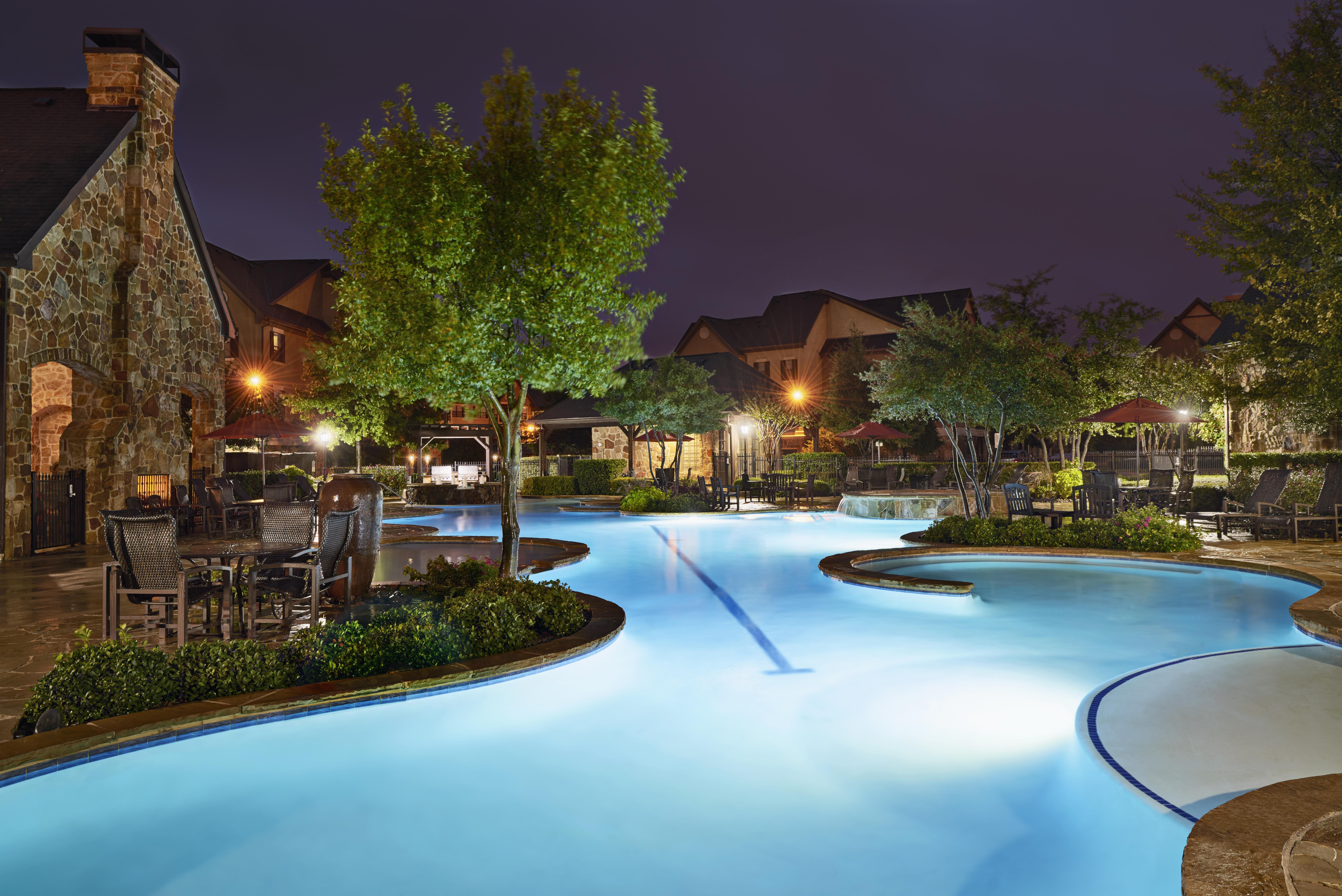 EBrochure Snug Harbor Apartments Dallas TX