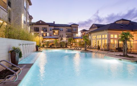 Camden La Frontera Apartments in Round Rock, Texas