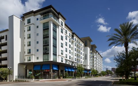 Camden North Quarter apartments in Orlando, FL exterior
