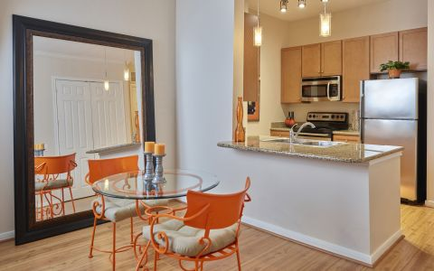Camden Plaza Apartments in Houston, Texas