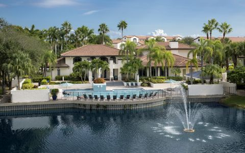 Camden Portofino Apartments in Pembroke Pines, Florida
