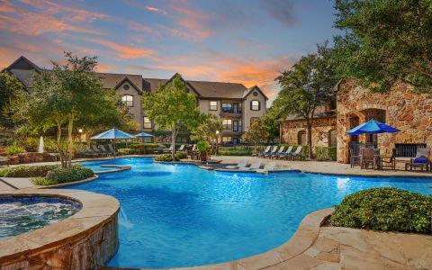 Swimming Pool at Camden Riverwalk Apartments in Grapevine, Texas