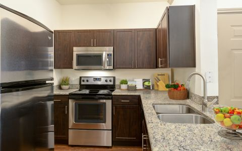 Camden Stoneleigh Apartment Kitchen in Austin Texas