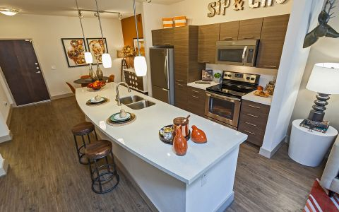 1, 2 & 3 Bedroom Apartments in Tempe, AZ - Camden Tempe