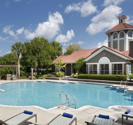Camden Bay Apartments in Tampa, FL pool