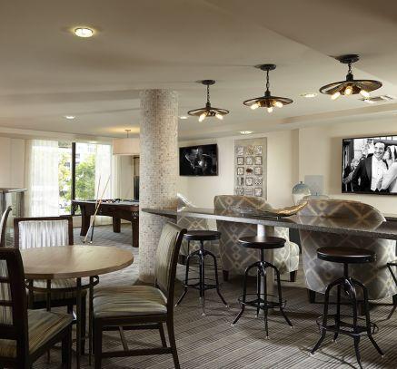 Camden Boca Raton Apartments in Boca Raton, FL resident lounge