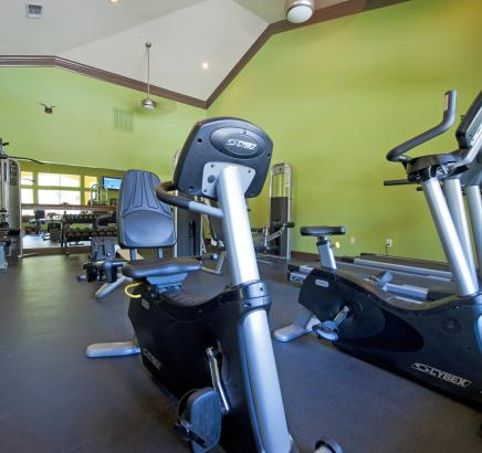 Fitness Center at Camden Breakers Apartments in Corpus Christi, TX