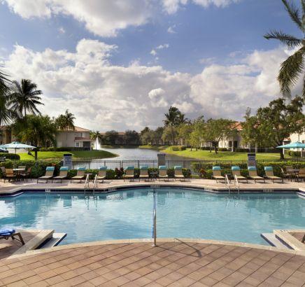 Camden Doral Apartments Miami, FL Pool