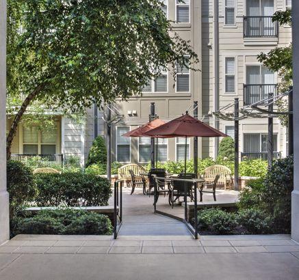 Courtyards at Camden Fairfax Corner Apartments in Fairfax, VA