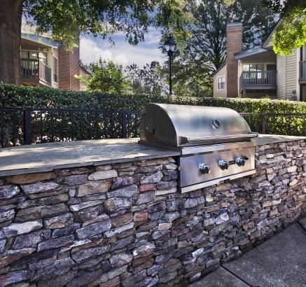 Grill Area at Camden Foxcroft Apartments in Charlotte, NC