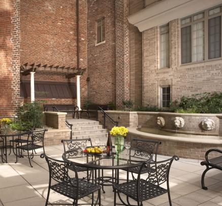 Courtyard at Camden Grand Parc Apartments in Washington DC