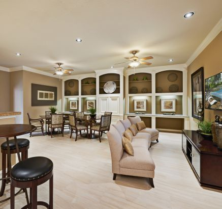 Social Lounge with Kitchen and Space to Entertain at Camden Holly Springs Apartments in Houston, TX