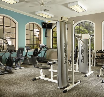 Camden Hunters Creek Apartments in Orlando, FL fitness center