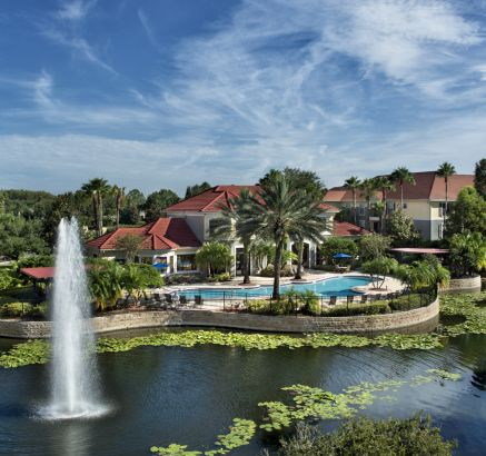 Camden Hunters Creek Apartments in Orlando, FL lake
