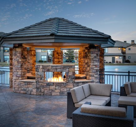Camden Lakeway Apartments Lakewood Littleton Fire Pit in Lakewood, CO