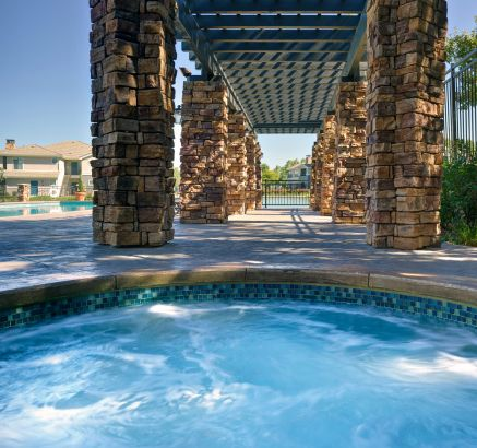 Superbe ... Hot Tub At Camden Lakeway Apartments In Lakewood, CO ...