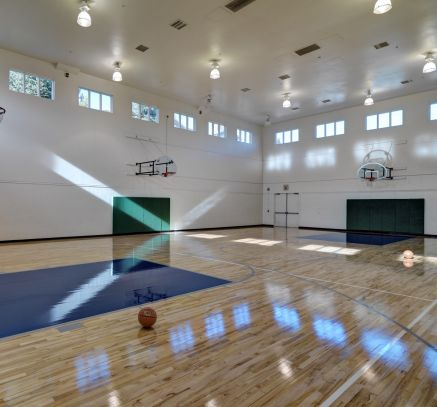 Fitness basketball court at Camden Lakeway Apartments Lakewood Littleton Denver, CO