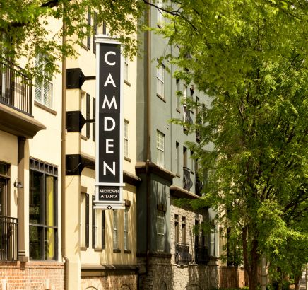 Camden Sign at Camden Midtown Atlanta Apartments in Atlanta, GA