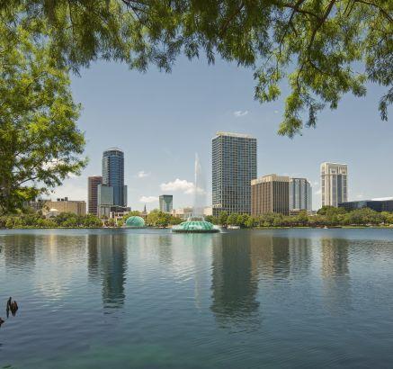 Camden Orange Court Apartments Downtown Orlando, FL Lake Eola
