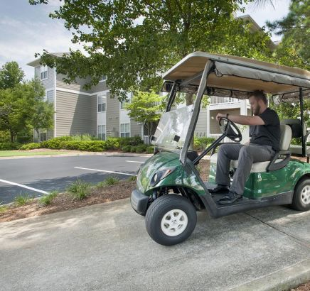 Camden Peachtree City Apartments Golf Cart Path in Peachtree City, GA