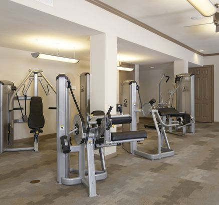 ... Fitness Center At Camden Plaza Apartments In Houston, TX ...