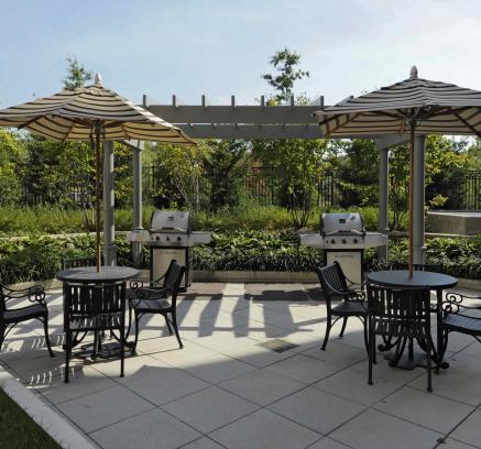 ... Grill Stations At Camden Potomac Yard Apartments In Arlington VA Near  Washington DC ...
