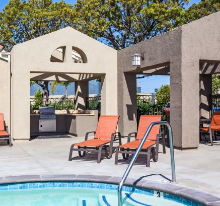 Outdoor Grills at Camden Sea Palms Apartments in Costa Mesa, CA