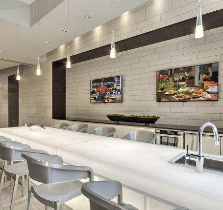 ... Resident Lounge With Indoor Kitchen At Camden Shady Grove Apartments In  Rockville, MD ...