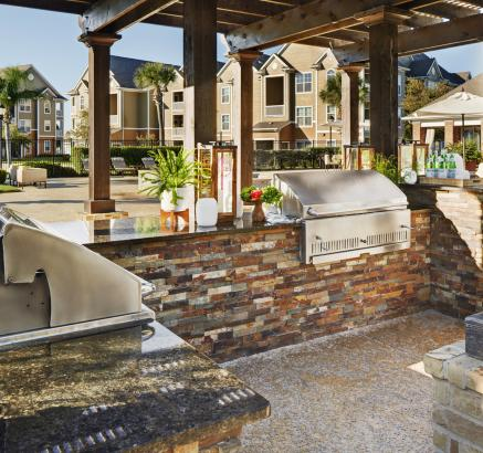 Outdoor Grills at Camden South Bay Apartments in Corpus Christi, TX
