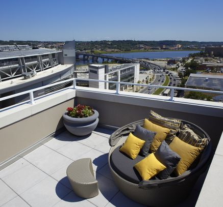 Rooftop Lounge at Camden South Capitol Apartments in Washington, DC