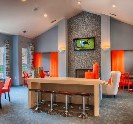 Resident Lounge at Camden Stonebridge Apartments in Houston, TX