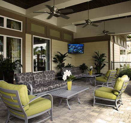 Outdoor lounge at Camden Town Square Apartments in Kissimmee, FL