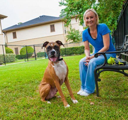 Pet Park at Camden Woodson Park Apartments in Houston, TX