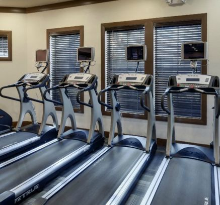 Fitness Center at Camden Yorktown Apartments in Houston, TX