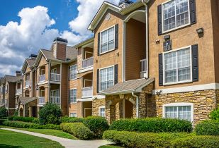 Camden Shiloh Apartments in Kennesaw Georgia