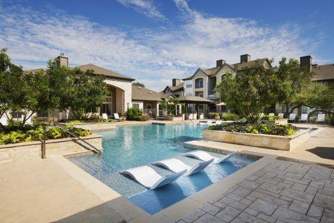 Pool at Camden Amber Oaks Apartments in Austin, TX