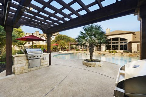 Outdoor Pavilion with BBQ Grills at Camden Amber Oaks Apartments in Austin, TX