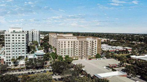 Camden Atlantic Apartments in Plantation, FL