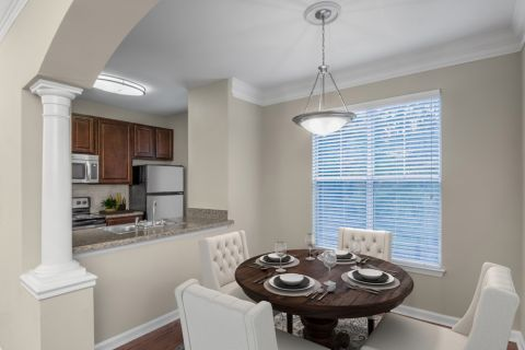 Dining Area and Kitchen Camden Ballantyne Apartments in Charlotte, NC