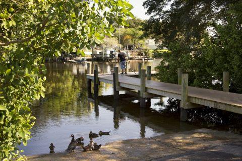 Lakes at Camden Bay Apartments in Tampa, FL