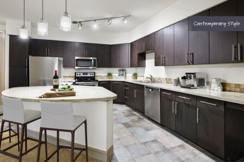 Contemporary Style Kitchen at Camden Belmont Apartments in Dallas, TX