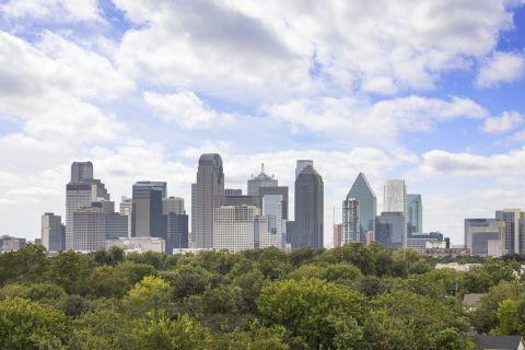 Dallas skyline view at Camden Belmont Apartments in Dallas, TX