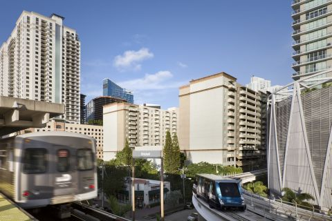 Public Transportation near Camden Brickell Apartments in Miami, FL