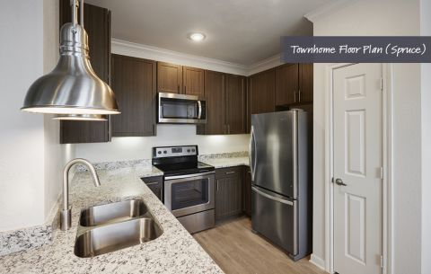 Townhome Kitchen at Camden Cedar Hills Apartments in Austin, TX
