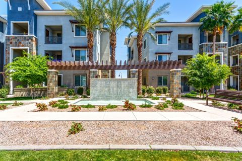 Courtyard Water Feature at Camden Chandler Apartments in Chandler, AZ