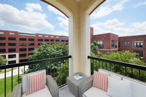 Balcony at Camden City Centre Apartments in Houston, TX